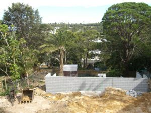 Building of retaining wall
